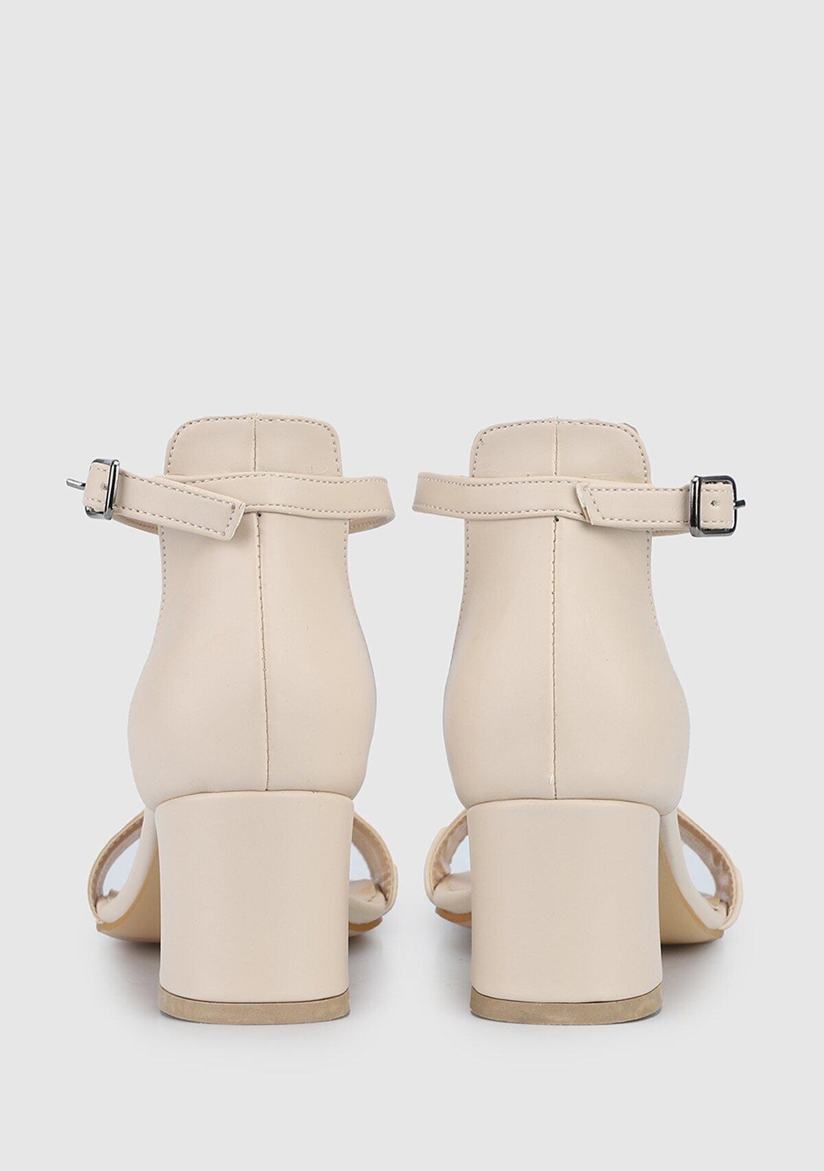 resm Ten Rengi Kadın Topuklu Sandalet
