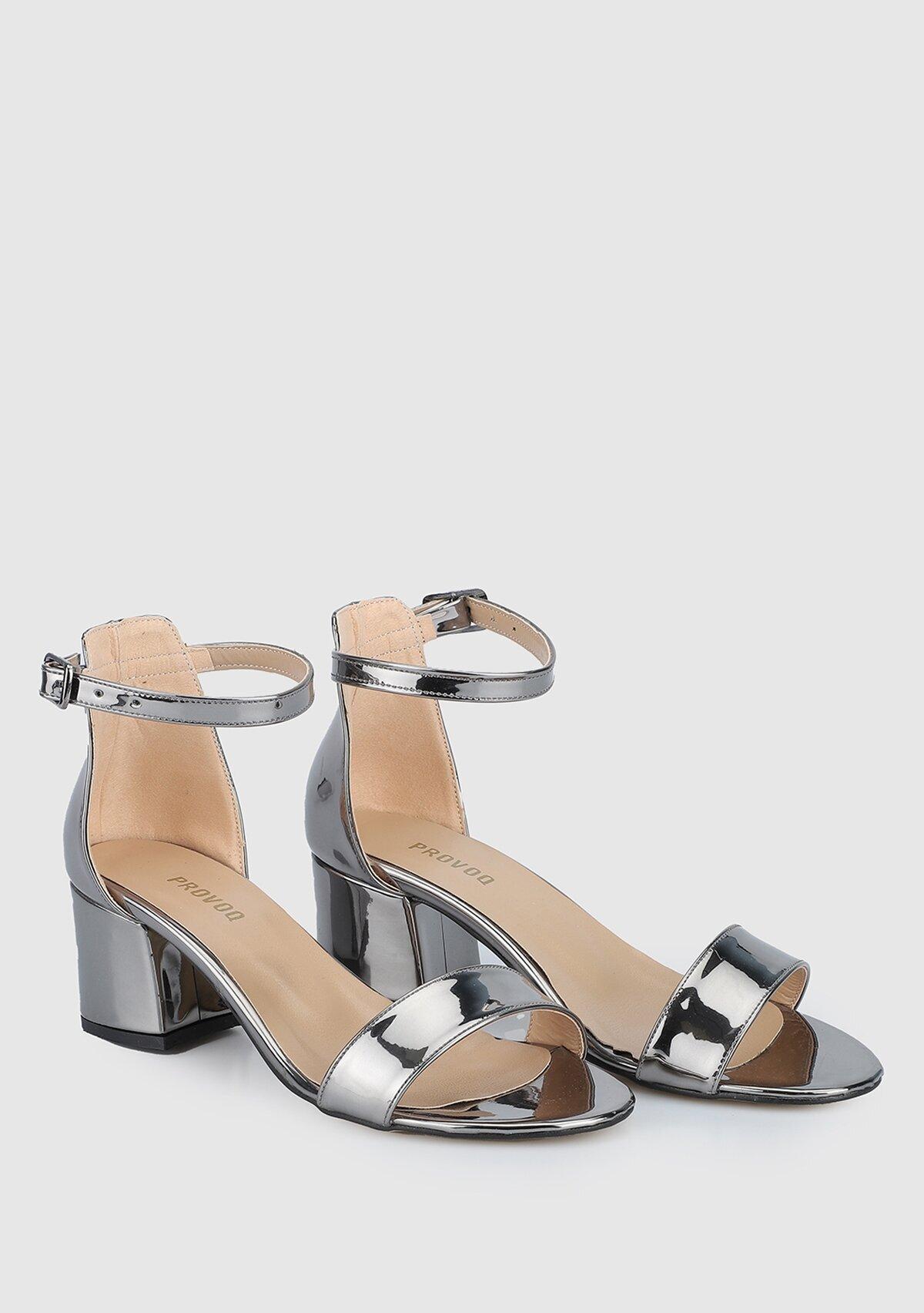 resm Platin Kadın Topuklu Sandalet