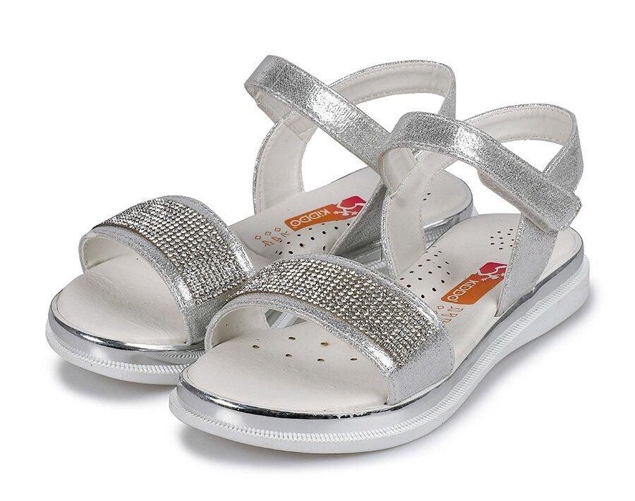 resm Beyaz Kız Çocuk Düz Sandalet